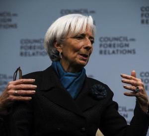 FMI celebra políticas no convencionales de bancos centrales
