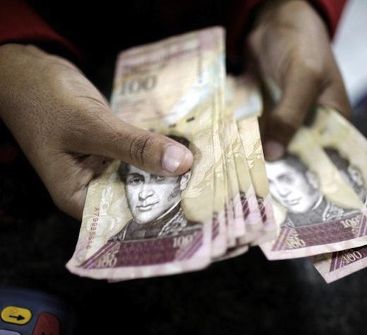 La oferta monetaria de Venezuela aumentó 10% en solo una semana