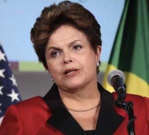 Rousseff da testimonio contra las acusaciones del Senado