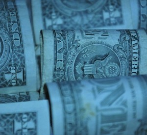 Deuda pública panameña crece 0,8% en un mes
