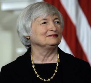 Yellen obligada convencer a los mercados de un alza de intereses este año