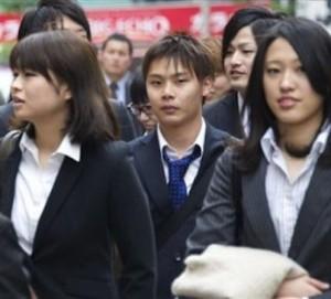 Compañías japonesas contratarán más mujeres