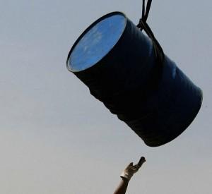 El barril de petróleo Brent toca ya casi los 60 dólares