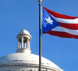 Caída de los bonos puertorriqueños afecta a muchos inversionistas