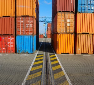 Exportaciones de Japón vuelven a caer por duodécimo mes consecutivo