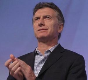 Macri sube el telón de un foro internacional con el que busca atraer inversiones