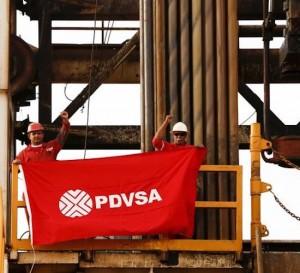Caen los ingresos de crudo para petroleros de Venezuela en 41%