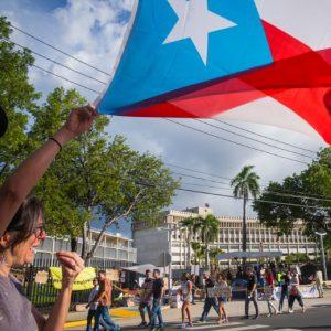 Puerto Rico aprueba nueva ley de reducción de horas laborales