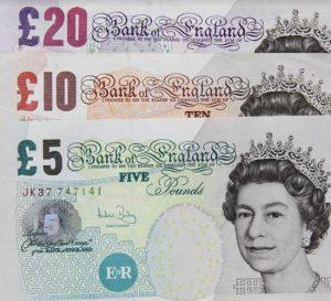 La mayor caída de la libra esterlina luego de 31 años