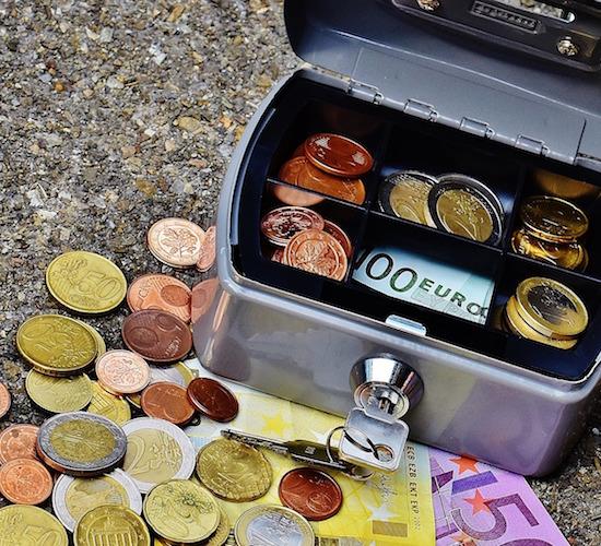 Davos observer dinero en efectivo algunos pa ses ya for Efectivo ya sucursales