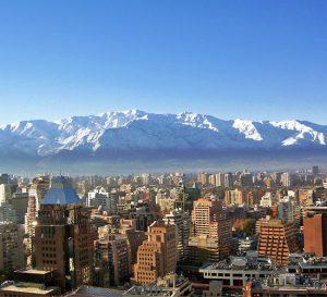 Chile proyecta un recorte en 2017 debido a expectativa de bajas en tasa de interés