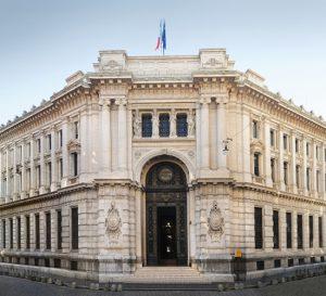 Parlamento italiano aprueba un plan de rescate de €20 billones de euros para sus bancos