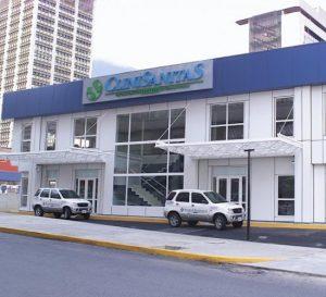 Sanitas advierte que está a punto de cerrar operaciones en Venezuela