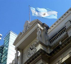 Ex presidente del Banco Central estará a cargo del principal banco estatal de Argentina