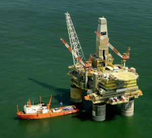 Fuerte repunte de los precios del petróleo al comenzar el año
