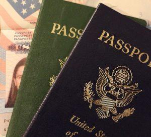 No solo EEUU: varios países anglosajones cierran puertas a la inmigración calificada