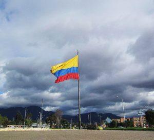 Colombia alcanza desempleo urbano de dos dígitos en abril de 2017