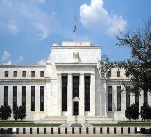 Reserva Federal de EE.UU mantiene las tasas de interés sin cambios