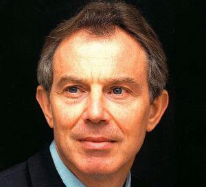 Tony Blair presiona para que no se instale un 'Brexit' duro