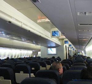 Transferencia de pasajeros en aerolíneas americanas alcanza punto más bajo en 22 años