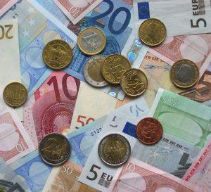 Desempleo en la Eurozona cae a 9,1%