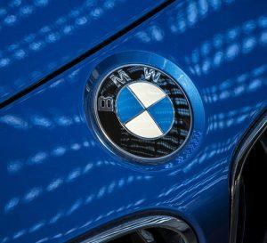 BMW revela diseño de mini carro eléctrico