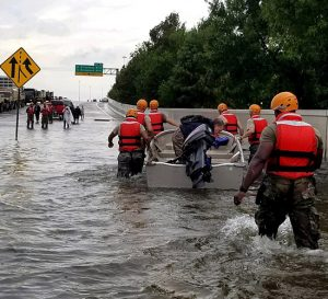Huracán Harvey causa daños de $180 billones en Texas