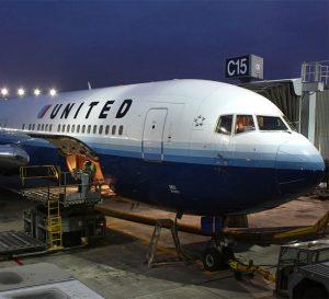 United no será penalizada por escándalo de pasajero retirado forzosamente de un vuelo