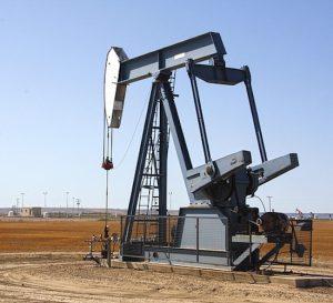 Naciones productoras de crudo perfilan otro acuerdo de recorte petrolero