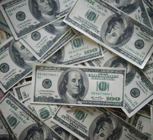 Alza del dólar en México