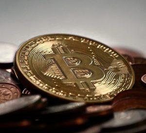 Satoshi Nakamoto ¿6 mil millones de dólares en Bitcoin?