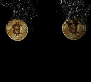 El bitcoin presentó caída del 11%