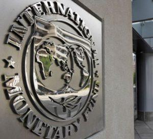 FMI: economía mundial seriamente endeudada