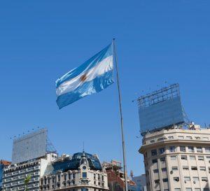 Argentina estima caída de niveles de consumo por altos precios