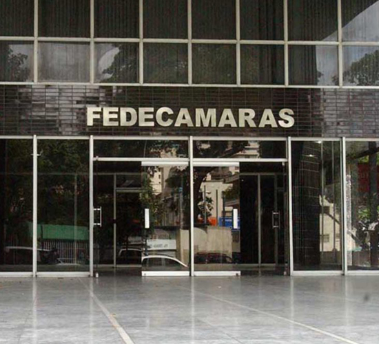 Fedecamaras: economía pierde más del 50% de su tamaño