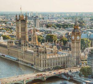 Economía britanica se contrae 2% desde el Brexit
