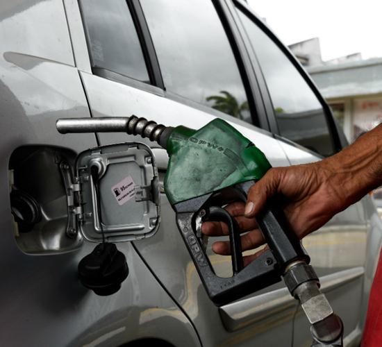 Reconversión monetaria supone un fuerte aumento de la gasolina