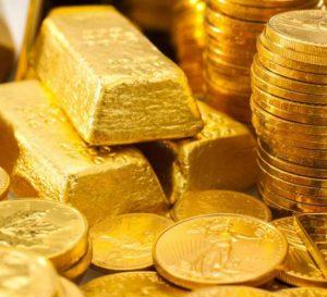 El oro sigue en caída por cuarto mes consecutivo