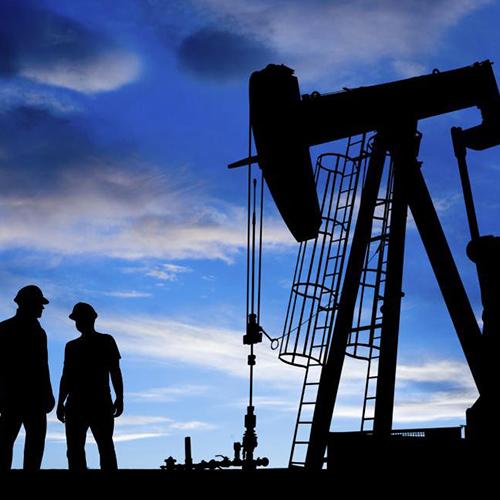 Petróleo en alza por Venezuela e Irán