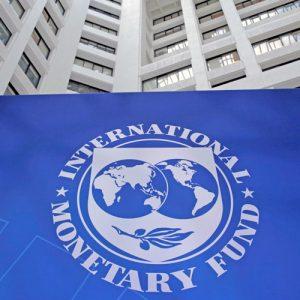 FMI prevé que en argentina la economía se contraerá 2,6% en 2018