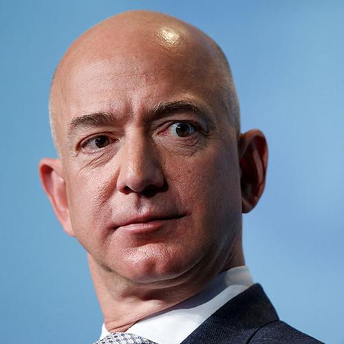 Jeff Bezos supera a Bill Gates como la persona más rica de USA