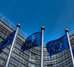 Francia promueve mecanismo para fortalecer al Euro y la Unión Europea