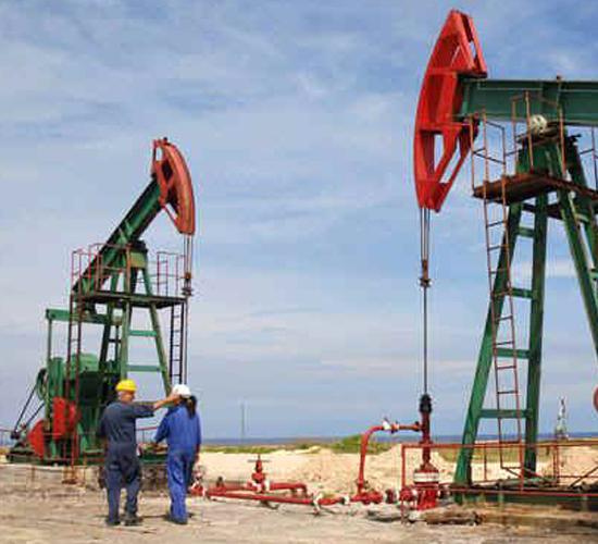 Venezuela pierde miles de millones por baja producción de PDVSA