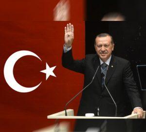 Presidente turco Recep Erdogan pide a países musulmanes comerciar en moneda local