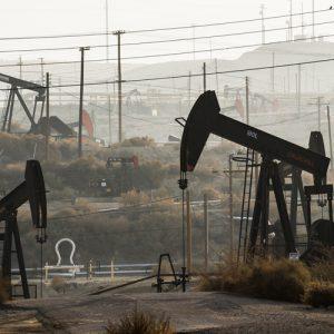 Petróleo cae 6,6% en Nueva York, el nivel más bajo desde 2017
