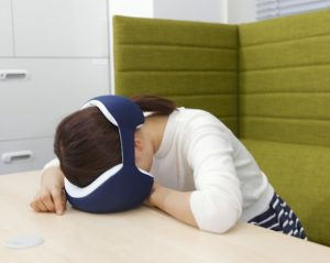 Japón incentiva el dormir una siesta laboral para mejorar la economía