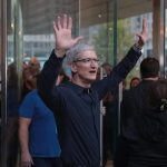 CHICAGO, IL - OCTOBER 20: Apple CEO Tim Cook greets guests at the grand opening of Apple's Chicago flagship store on Michigan Avenue October 20, 2017 in Chicago, Illinois. The glass-sided store sits on shore of the Chicago River in the city's downtown.   Scott Olson/Getty Images/AFP