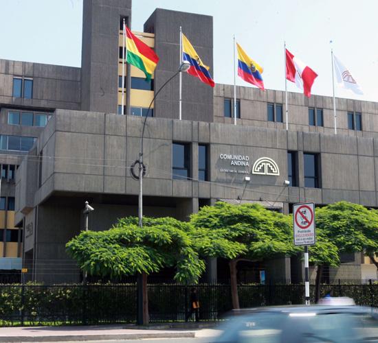Secretario general de la CAN aboga por relanzamiento del organismo