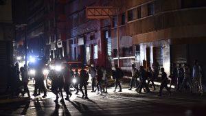 Gobierno de Maduro asegura que una falla prolonga el apagón por tercer día en Venezuela