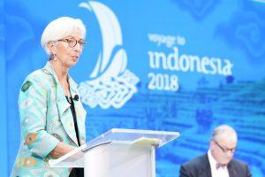 FMI: guerra comercial entre EEUU y China amenaza la recuperación global de este año
